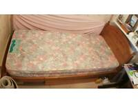 Duckers Pine Single bed and mattress