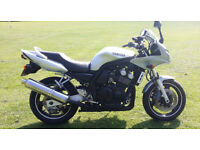 Yamaha Fazer 600 2002 Facelift model. FSH. Comes with warranty. Nationwide delivery from just £50.