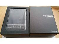 BlackBerry Passport, 32GB, Mint Condition like new, Boxed, Unlocked