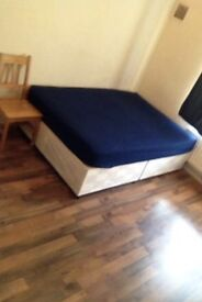 Very big room available now near Bethnal Green overground
