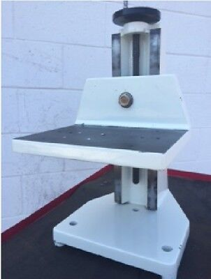Davidson Optronics Table Instrument Stand Model D 247