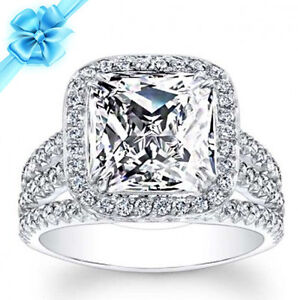 2.24 CT PRINCESS CUT HALO DIAMOND SPLIT SHANK ENGAGEMENT RING ON 18K WHITE GOLD