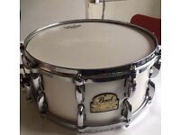 Pearl Dennis chambers maple signature snare drum