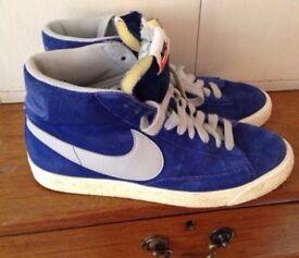Nike Blazers size 6 blue