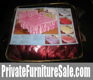 Brand new Red Queen Bedspread Set