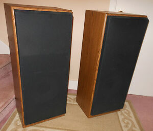 Realistic system-1020 3-way Speakers