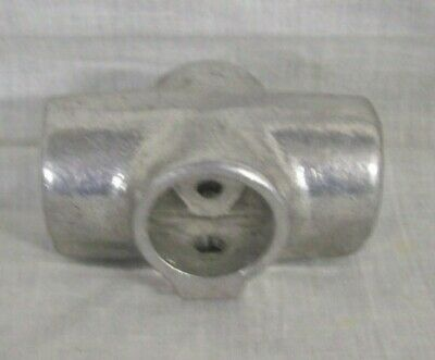Store Display Fixtures New Speed-rail Pipe Fittings 7 Cross