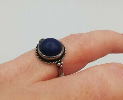 c1900 Arts and Crafts silver and lapis ring with berries design UK size I.5