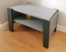 Extendable grey coffee table