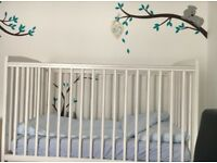 baby cot white good condition