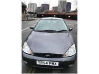 Ford Focus 1.6 Zetec Automatic **LOW MILEAGE** **BRAND NEW CONDITION**