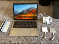 Macbook PRO 2016 Space Grey 2Ghz i5, 8GB Ram.