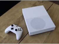 Xbox one s comes with one controller