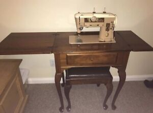 Antique Singer 401 Seeing machine