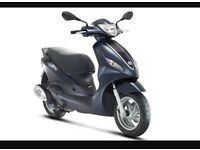 Piaggio fly 125 breaking complete bike