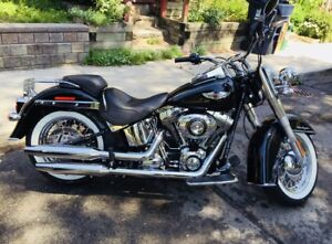 Mint Condition Harley Davidson soft tail deluxe