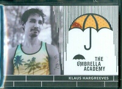 The Umbrella Academy  Season 1 ( RC4 ) Klaus Hargreeves Costume Card