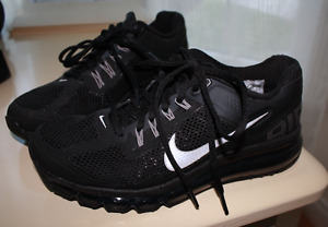 Womens Nike Air Max size 7.5 running shoes