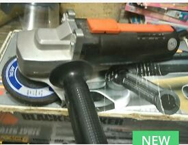 Black & Decker 115mm Grinder with various Cutting Discs
