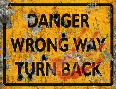 Danger Wrong Way Sign - Halloween Decor Prop Road and Lawn Decoration Sticker - Halloween Lawn Signs