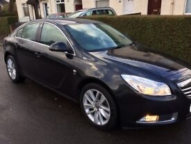 2013 Vauxhall insignia 1.8 Sri ONLY 13,500 MILES FULL YEAR SERVICE AND MOT