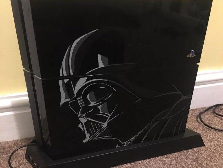 Limited edition Darth Vader Playstation 4 1tb