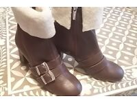 Designer boots by Camilla Elphick - Limited edition - Brand New 'Blighty Boots' UK Size 4 For Sale