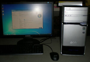 Dual core Acer Computer with lcd monitor