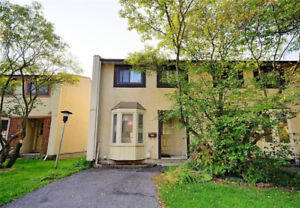Beautiful end unit townhouse condo in Orleans for sale!