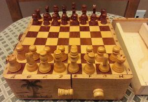 Jeux d'échecs portatif en bois