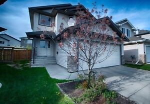 For Rent 2 Story Home in North Edmonton minutes from St.Albert