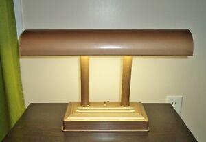Lampe de table ou de bureau vintange / antique