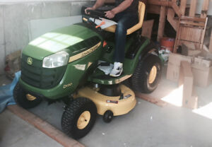 John Deere Lawn Tractor *USED* Excellent Condition 1.5 yrs old