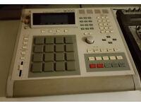 AKAI MPC 3000 roger linn vintage rare drum machine