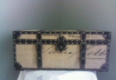 خزانة مستعمل Vintage style trunk  decorative storage chest