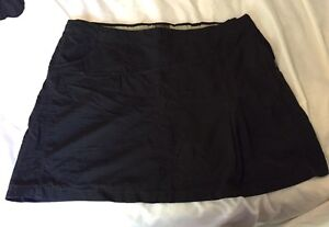 Black Royal Robbins Skirt - new without tags