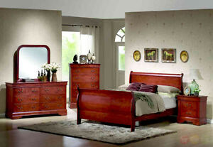 6PC QUEEN SIZE SOLID WOOD BEDROOM SET $798