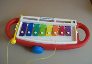 un xylophone Fisher Price