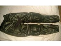 Size 10 ladies quality leather trousers Bargain £30.00
