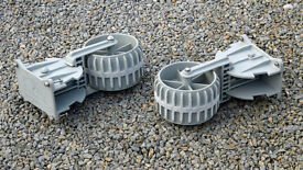 Wheels for inflatable tender