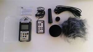 Urgent - As new - Zoom H4n + Accessory pack and bag! Caulfield South Glen Eira Area Preview