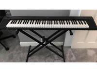 Yamaha NP-31 keyboard