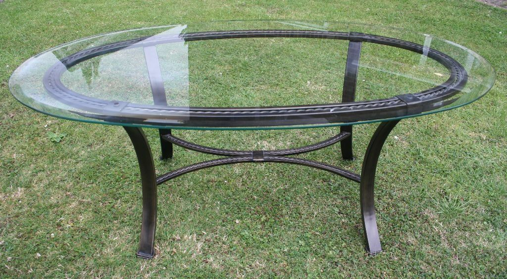 Glass top oval wrought iron coffee table furniture for Round glass top coffee table wrought iron
