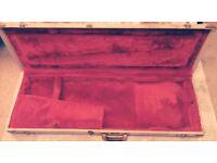 fender Stratocaster vintage case