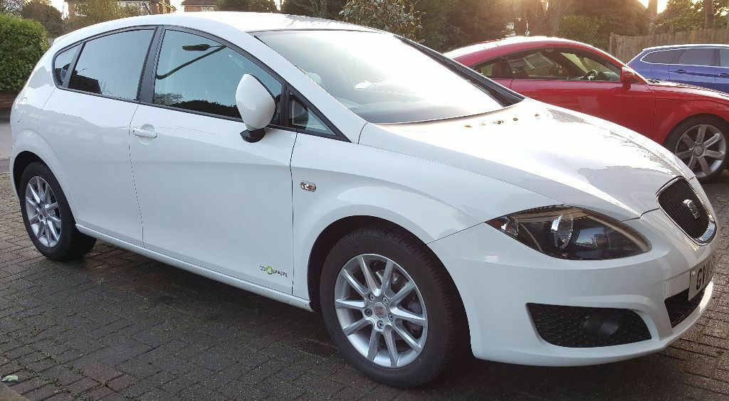 white seat leon 2011 1 6 tdi cr se copa 5d full seat service history excellent condition sat. Black Bedroom Furniture Sets. Home Design Ideas