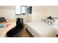 STUDENT ROOMS TO RENT IN MANCHESTER.EN SUITE WITH PRIVATE ROOM AND BATHROOM, WARDROBE & STUDY SPACE