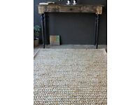 Beautiful jute rug in excellent condition (as new)