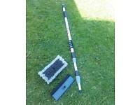 Water feed window cleaning set