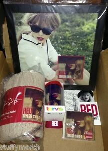 Taylor Swift Red Ultimate VIP Package Autographed Signed ...