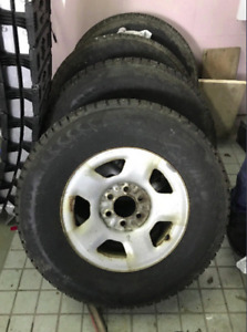 4 WINTER TIRES WITH STUDS 265-70-17